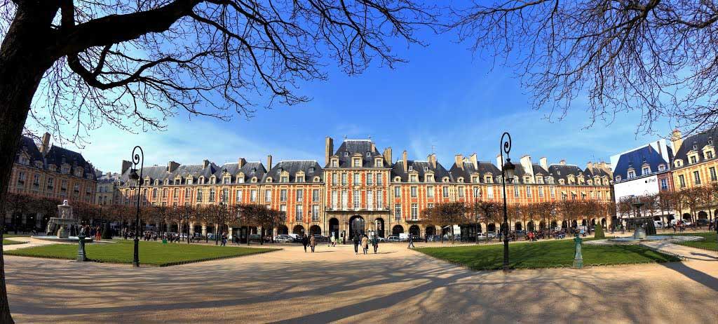 Balade dans le Marais, le plus beau quartier de Paris –