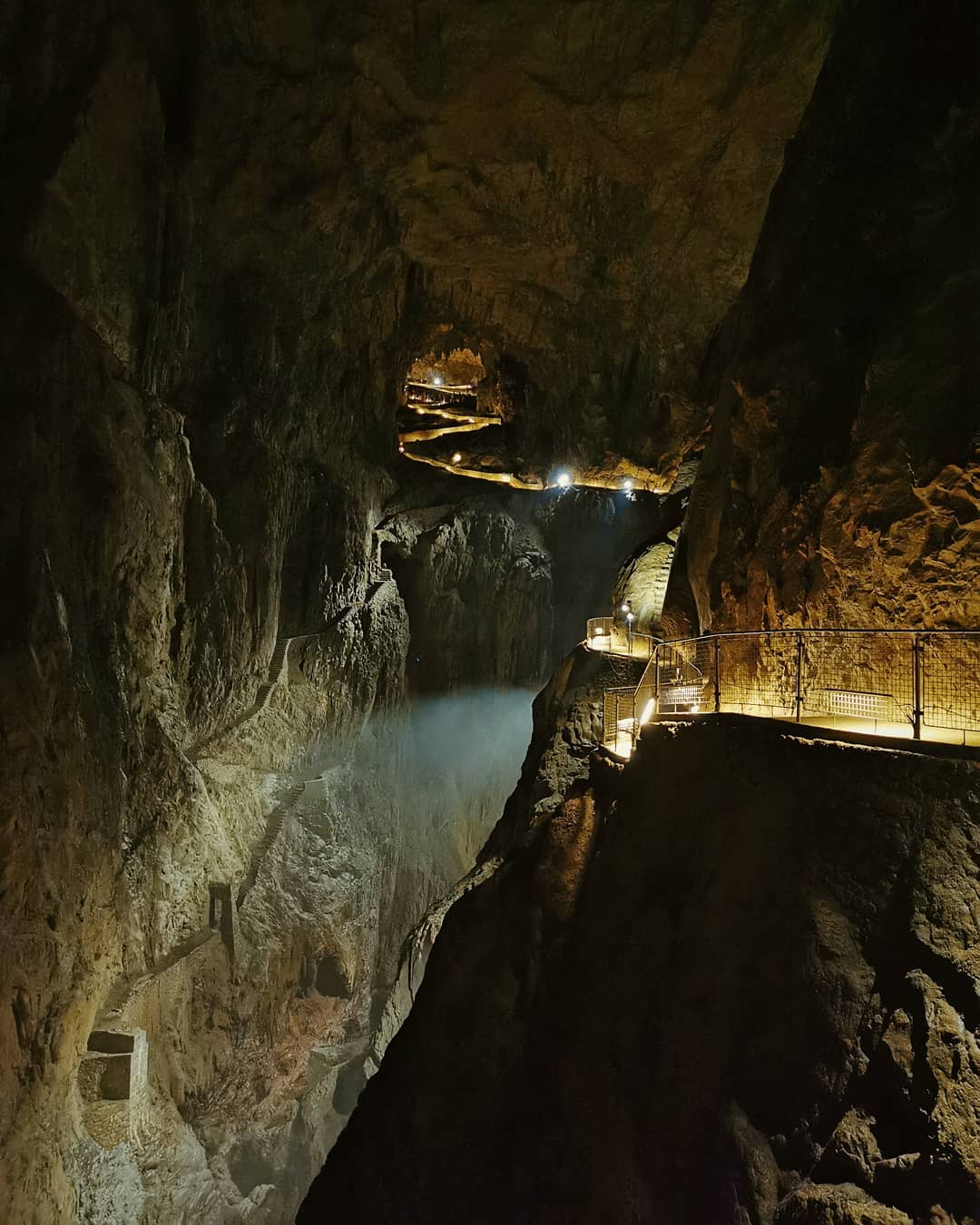 Les grottes de San Canziano