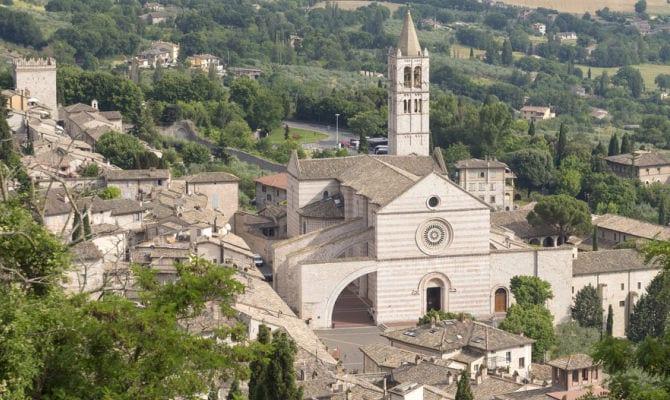 Église de Santa Chiara assisi