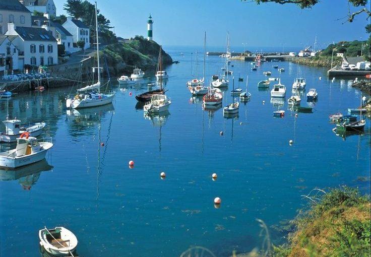 Cartes postales de Bretagne, où l'océan est l'art de la nature