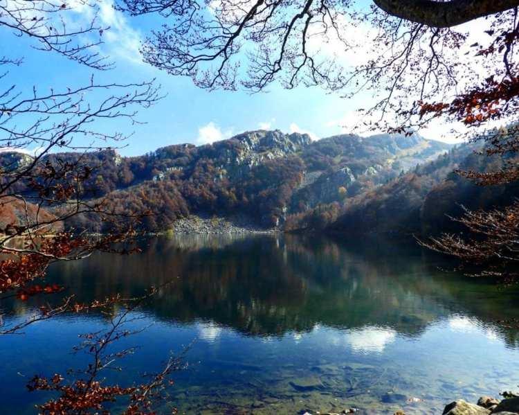 Le lac sacré d'Émilie