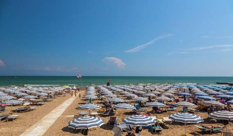 Lignano pineta la plage
