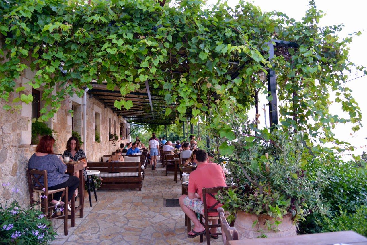 Taverne typique à Corfou en Grèce